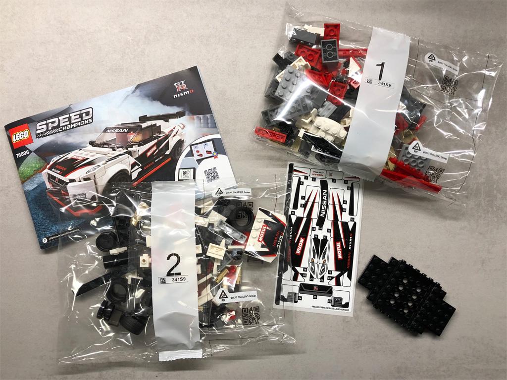 lego-speed-champions-76896-nissan-gt-r-nismo-inhalt-2020-zusammengebaut-michael-kopp zusammengebaut.com
