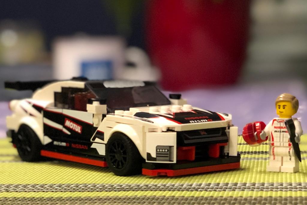 lego-speed-champions-76896-nissan-gt-r-nismo-stube-2020-zusammengebaut-michael-kopp zusammengebaut.com