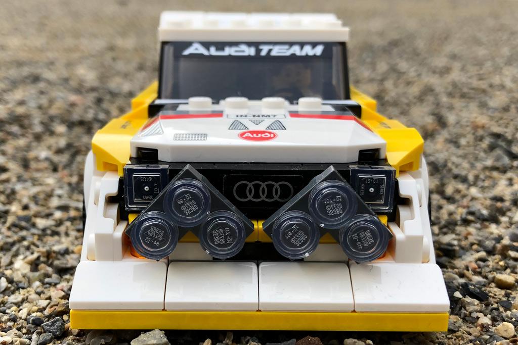 lego-speed-champions-76898-1985-audi-sport-quattro-front-s1-2020-zusammengebaut-michael-kopp zusammengebaut.com