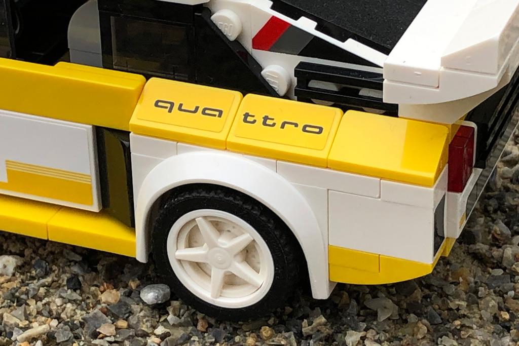 lego-speed-champions-76898-1985-audi-sport-quattro-front-s1-aufkleber-2020-zusammengebaut-michael-kopp zusammengebaut.com