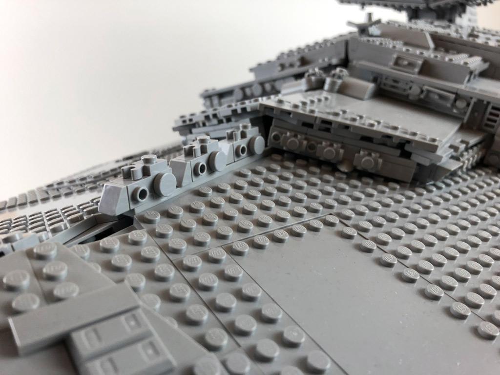 lego-star-wars-75252-ucs-imperialer-sternzerstoerer-noppen-2019-zusammengebaut-matthias-kuhnt zusammengebaut.com