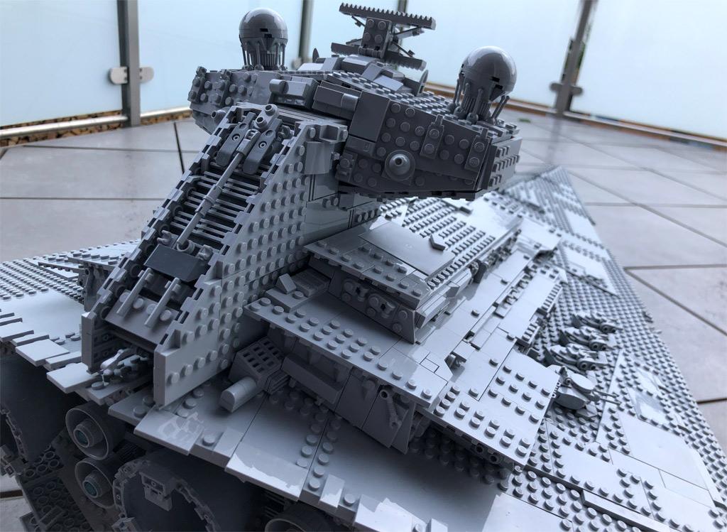 lego-star-wars-75252-ucs-imperialer-sternzerstoerer-rueckseite-sd-2019-zusammengebaut-matthias-kuhnt zusammengebaut.com