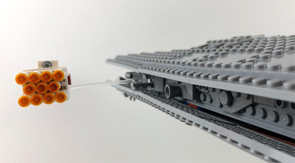 lego-star-wars-75252-ucs-imperialer-sternzerstoerer-tantive-4-rueckseite-2019-zusammengebaut-matthias-kuhnt zusammengebaut.com