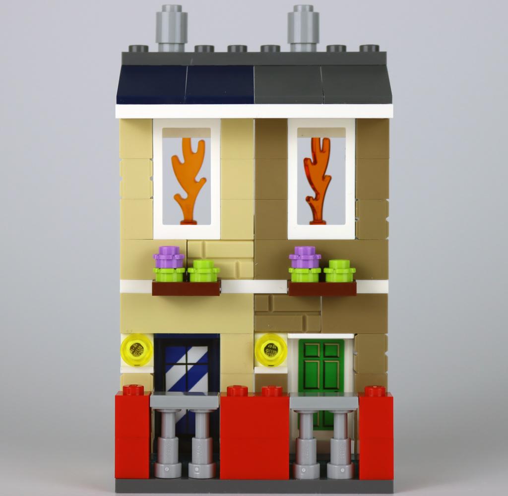 lego-40393-legoland-fire-academy-fassade-2020-zusammengebaut-andres-lehmann zusammengebaut.com