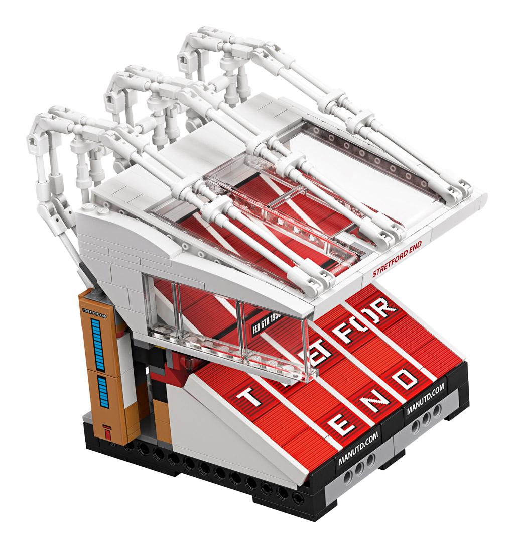 lego-creator-expert-10272-old-trafford-manchester-united-2020-bauteil-2 zusammengebaut.com