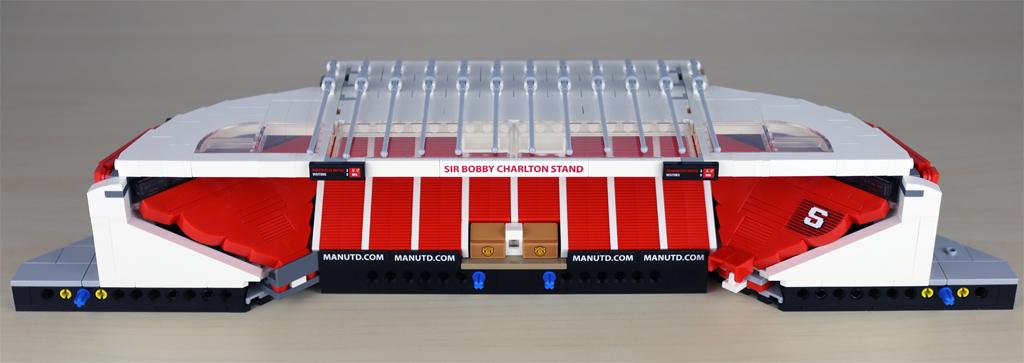 lego-creator-expert-10272-old-trafford-manchester-united-gegengerade-tribuene-4-2020-zusammengebaut-andres-lehmann zusammengebaut.com