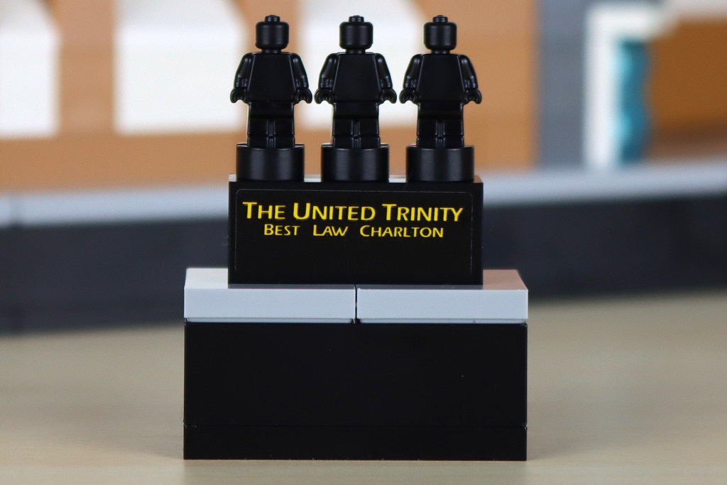 lego-creator-expert-10272-old-trafford-manchester-united-the-united-trinity-2020-zusammengebaut-andres-lehmann zusammengebaut.com