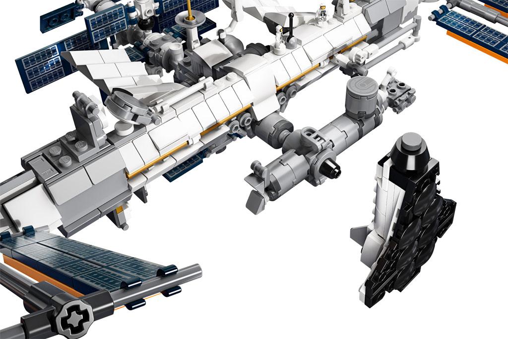 lego-ideas-21321-international-space-station-2020-details zusammengebaut.com