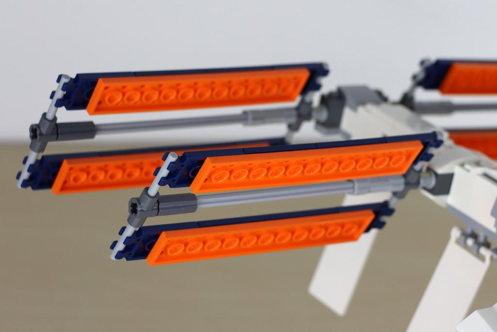 lego-ideas-21321-international-space-station-2020-plates-orange-zusammengebaut-andres-lehmann zusammengebaut.com