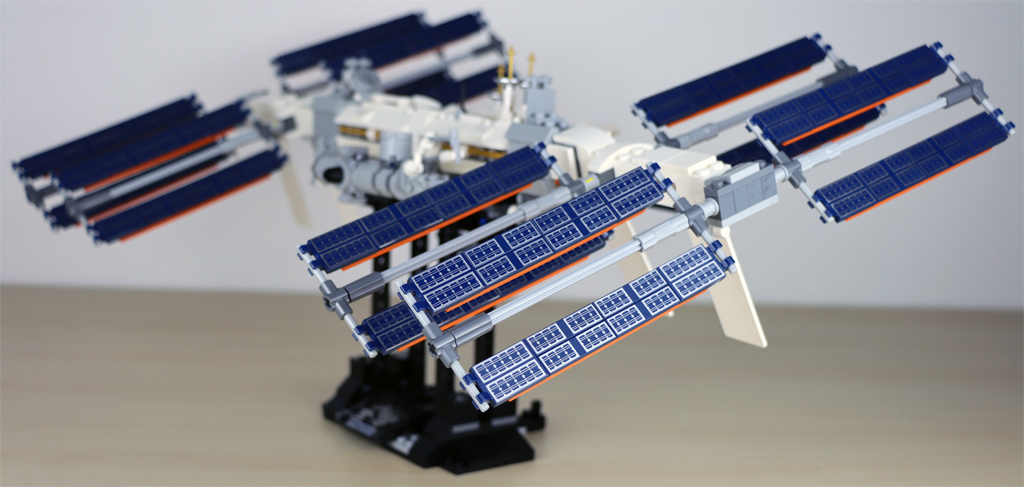 lego-ideas-21321-international-space-station-2020-seite-iss-zusammengebaut-andres-lehmann zusammengebaut.com
