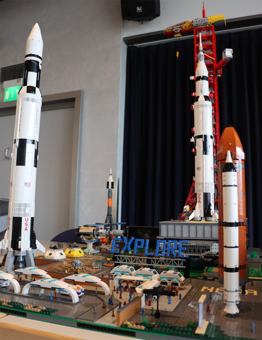 lego-projekt-jfk-nasa-space-center-juergen-kropp-2019-zusammengebaut-andres-lehmann zusammengebaut.com