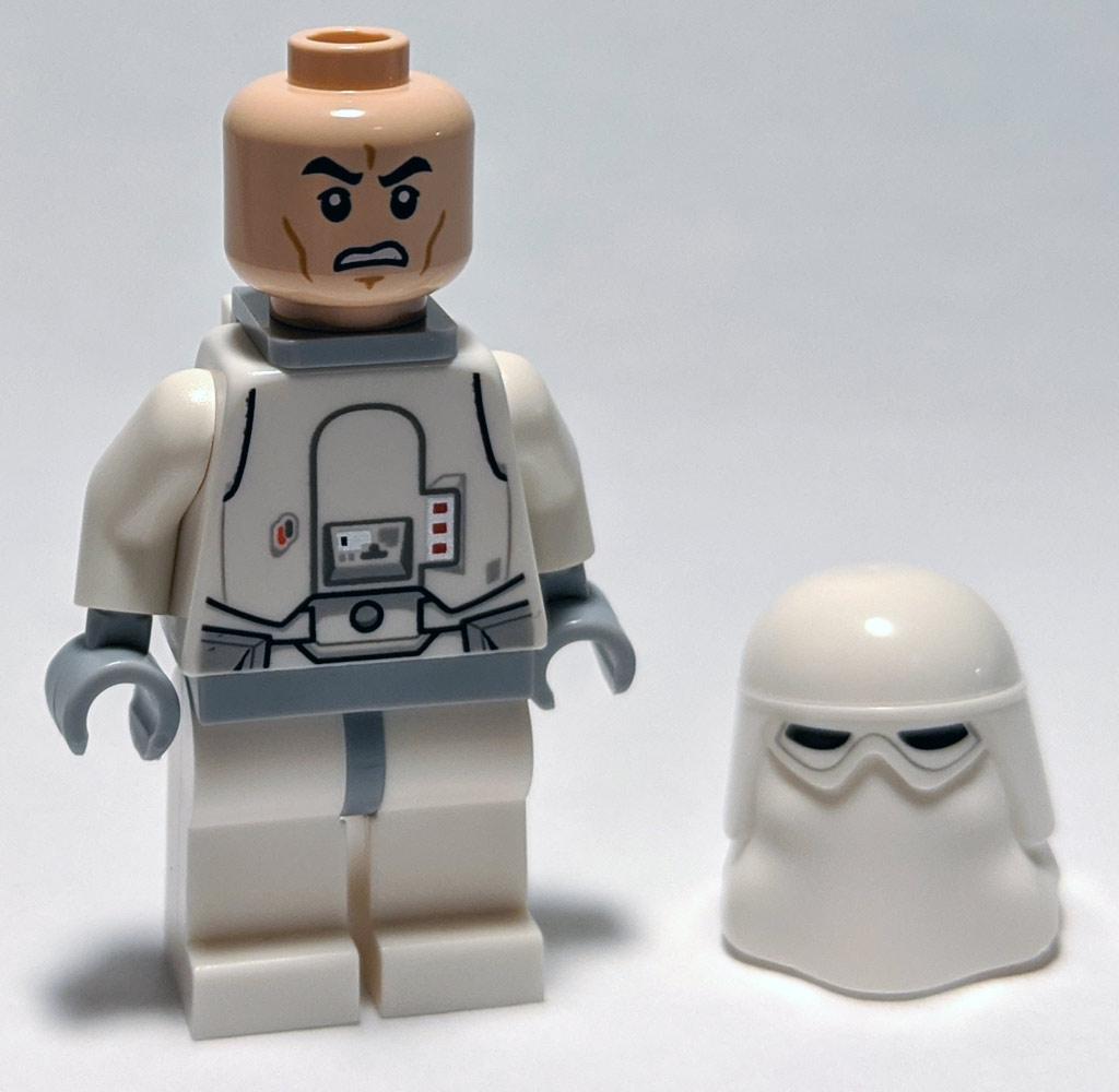 lego-star-wars-magazin-ausgabe-55-imperial-stormtrooper-gesicht-2020-zusammengebaut-andres-lehmann zusammengebaut.com