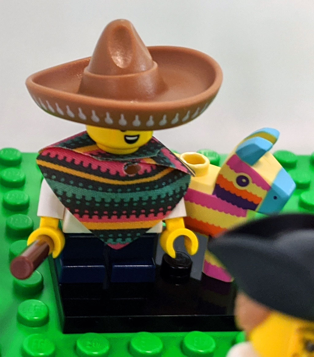 lego-minifiguren-sammelserie-20-71027-mexiko-zusammengebaut-2020-andres-lehmann zusammengebaut.com