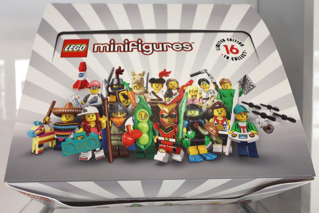 lego-minifiguren-sammelserie-20-box-zusammengebaut-andres-lehmann zusammengebaut.com