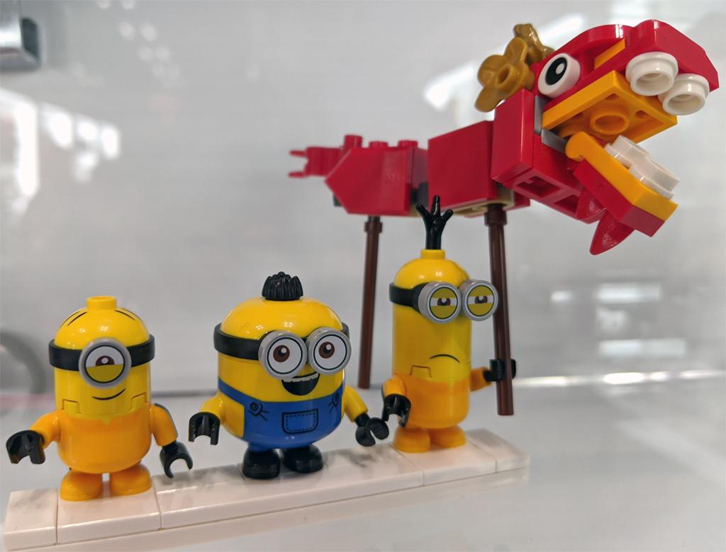 lego-minions-75550-minions-kung-fu-tempel-figuren-2020-zusammengebaut-andres-lehmann zusammengebaut.com