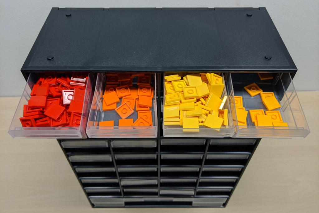 lego-obi-kaesten-bricks-steine-sortierung-fliegen-orange-2020-zusammengebaut-andres-lehmann zusammengebaut.com