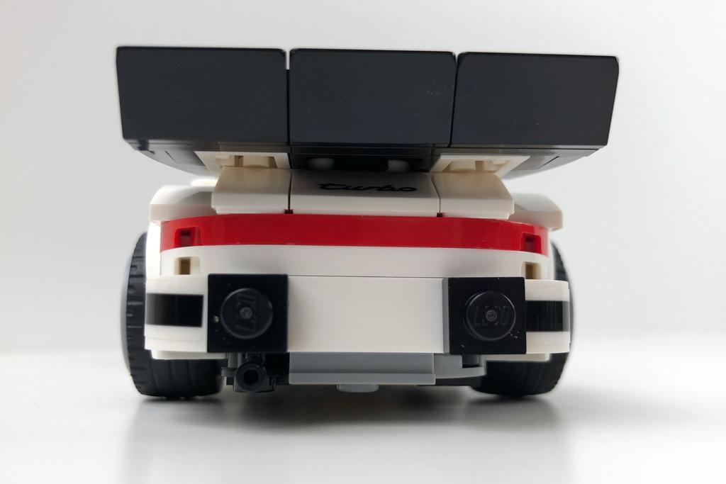 lego-speed-champions-75895-1974-porsche-911-turbo-3-0-review-1-2019-zusammengebaut-matthias-kuhnt zusammengebaut.com
