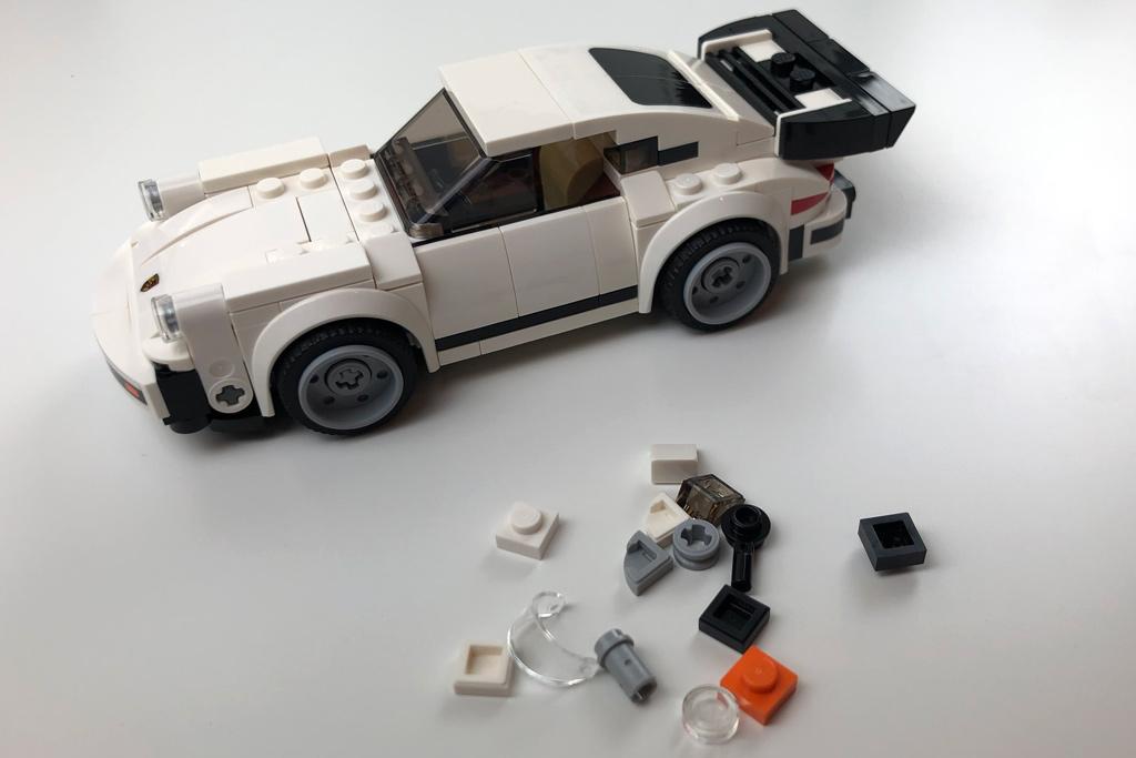 lego-speed-champions-75895-1974-porsche-911-turbo-3-0-review-2-2019-zusammengebaut-matthias-kuhnt zusammengbaut.com