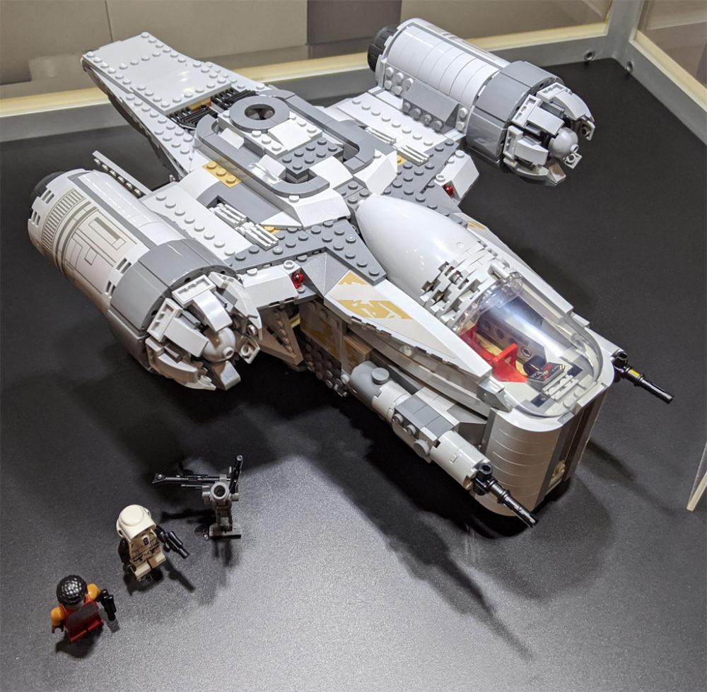 lego-star-wars-75292-mandalorian-the-razor-crest-2020-draufsicht-2020-zusammengebaut-andres-lehmann zusammengebaut.com