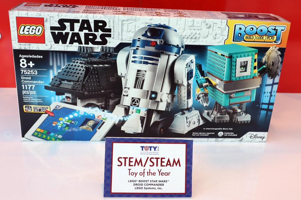 lego-stranger-things-75810-the-upside-down-box-front-new-york-toy-fair-2020-zusammengebaut-andres-lehmann-zusammengebaut zusammengebaut.com