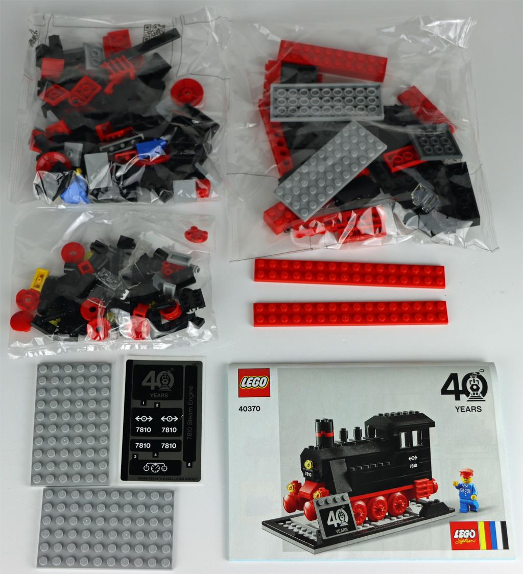 lego-zug-40-jahre-40370-box-inhalt-2020-zusammengebaut-andres-lehmann zusammengebaut.com