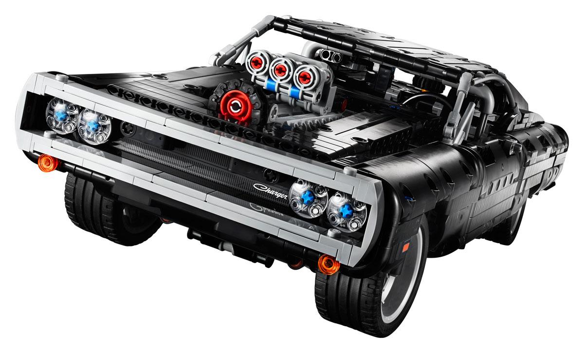 lego-technic-42111-doms-dodge-charger-front-2020 zusammengebaut.com