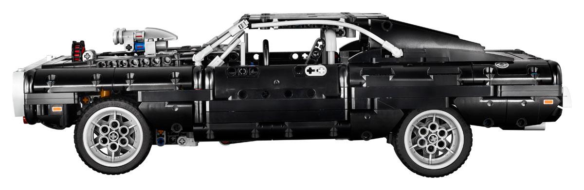 lego-technic-42111-doms-dodge-charger-seite-ansicht-2020 zusammengebaut.com