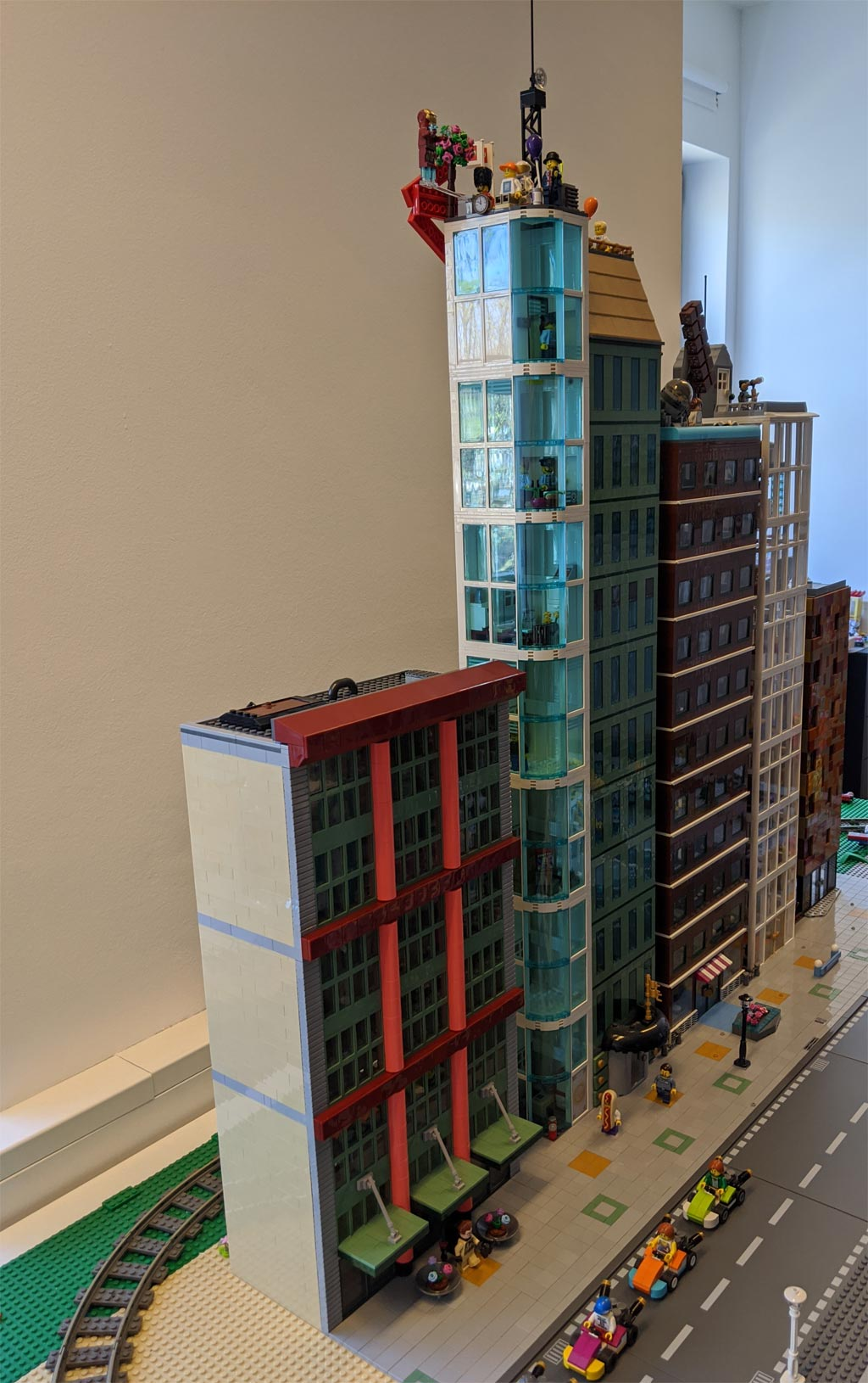 hochhaeuser-fith-avenue-new-ukonio-city-2020-zusammengebaut-andres-lehmann zusammengebautcom
