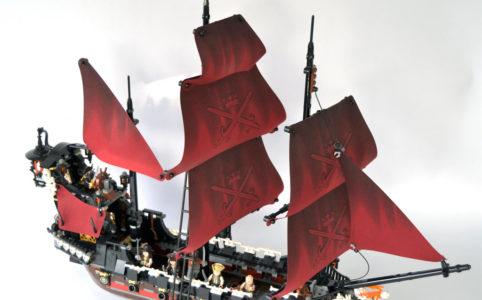 lego-fluch-der-karibik-4195-die-rache-der-koenigin-anne-titelbild-jonas zusammengebautcom