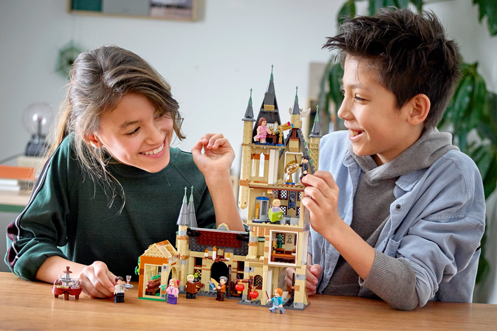 lego-harry-potter-hogwarts-astronomy-tower-75969-play-2020 zusammengebaut.com