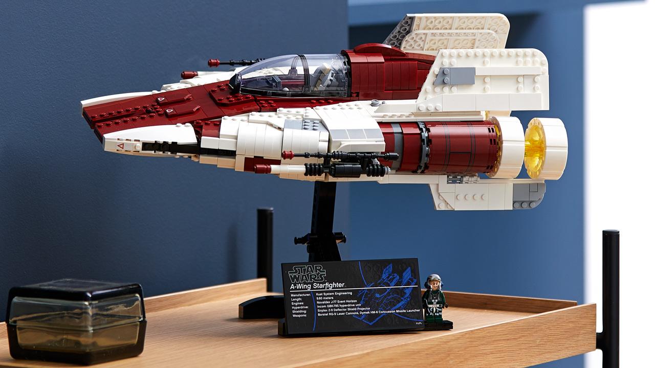 lego-star-wars-75275-ucs-a-wing-2020-seite-raum zusammengebaut.com