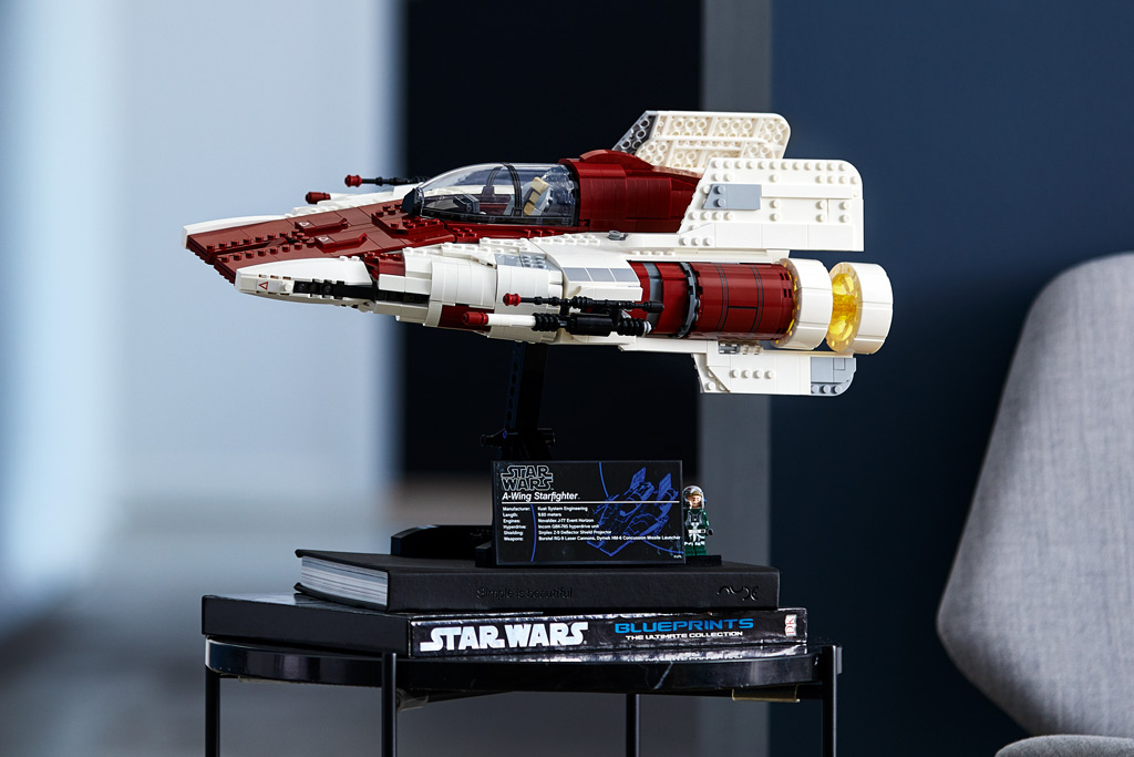 lego-star-wars-75275-ucs-a-wing-starfighter-2020-seite-raum zusammengebaut.com