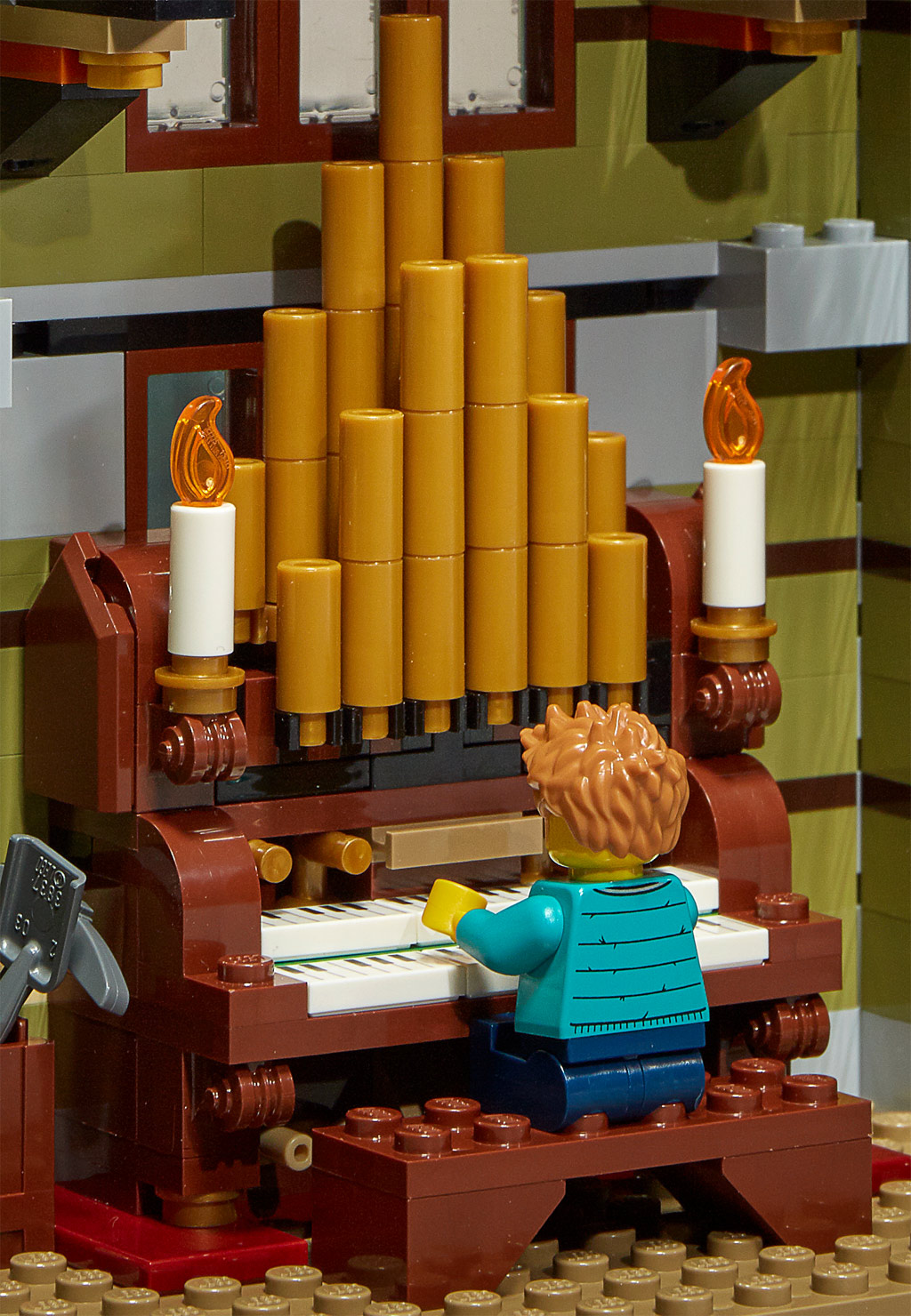 lego-fairground-collection-10273-haunted-house-spukhaus-2020-orgel zusammengebaut.com