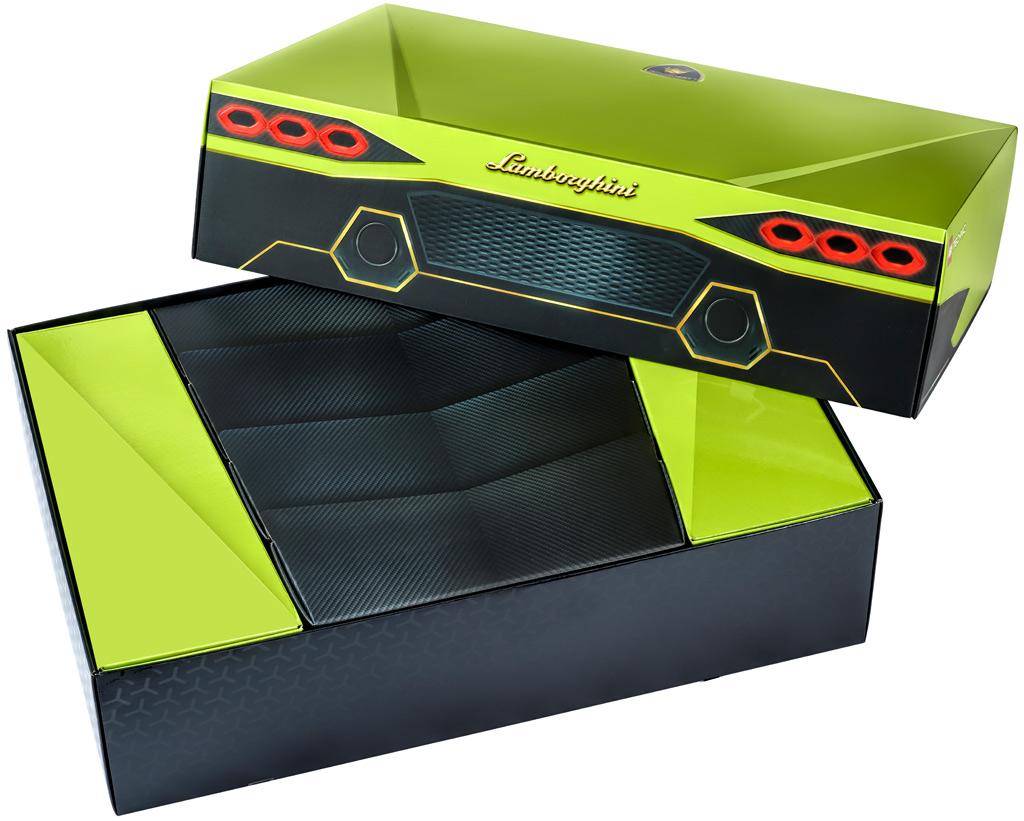 lego-technic-42115-lamborghini-sian-fkp-37-2020-box-verpackung-offen zusammengebaut.com