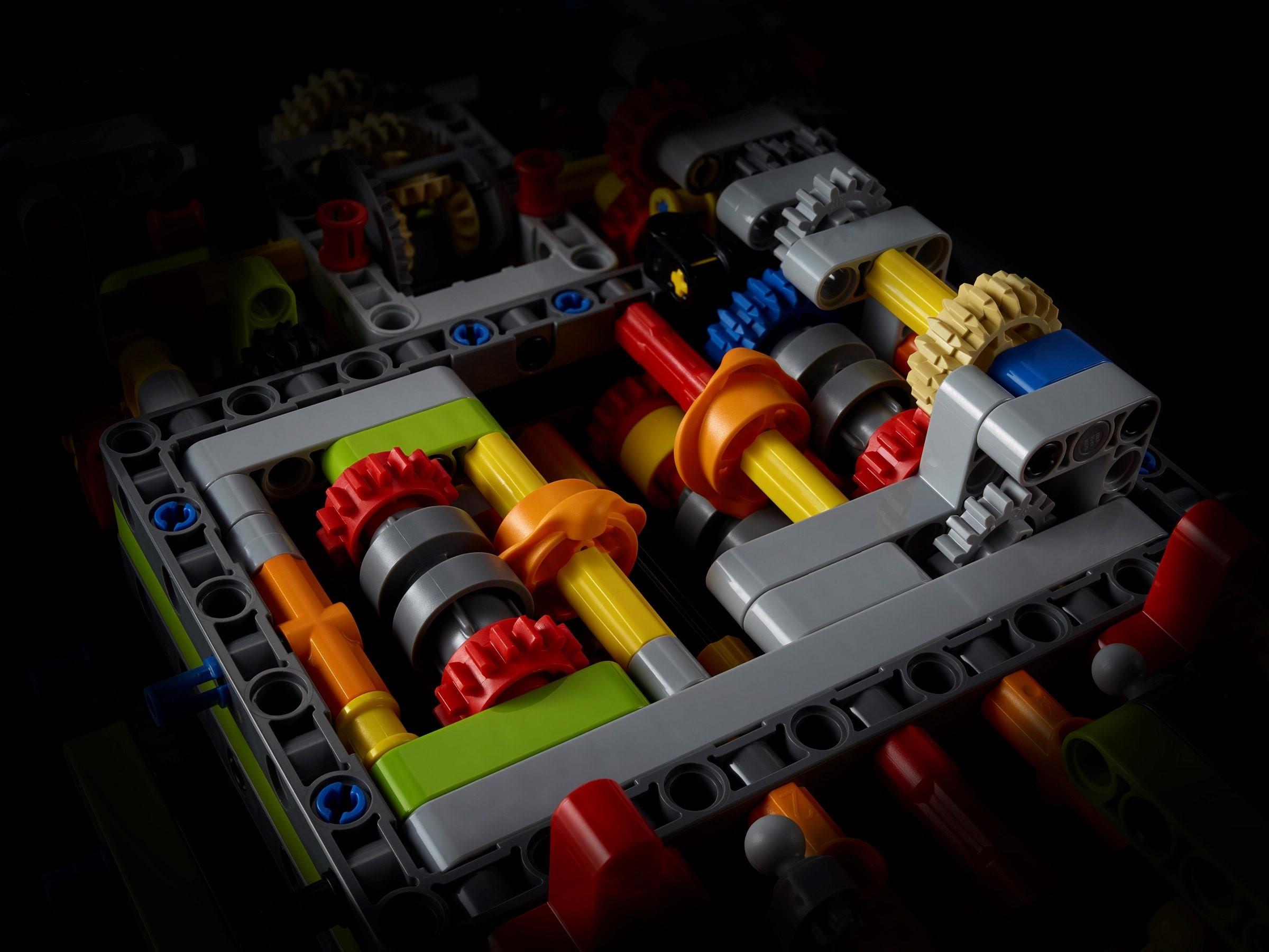 lego-technic-42115-lamborghini-sian-fkp-37-2020-bricks zusammengebaut.com