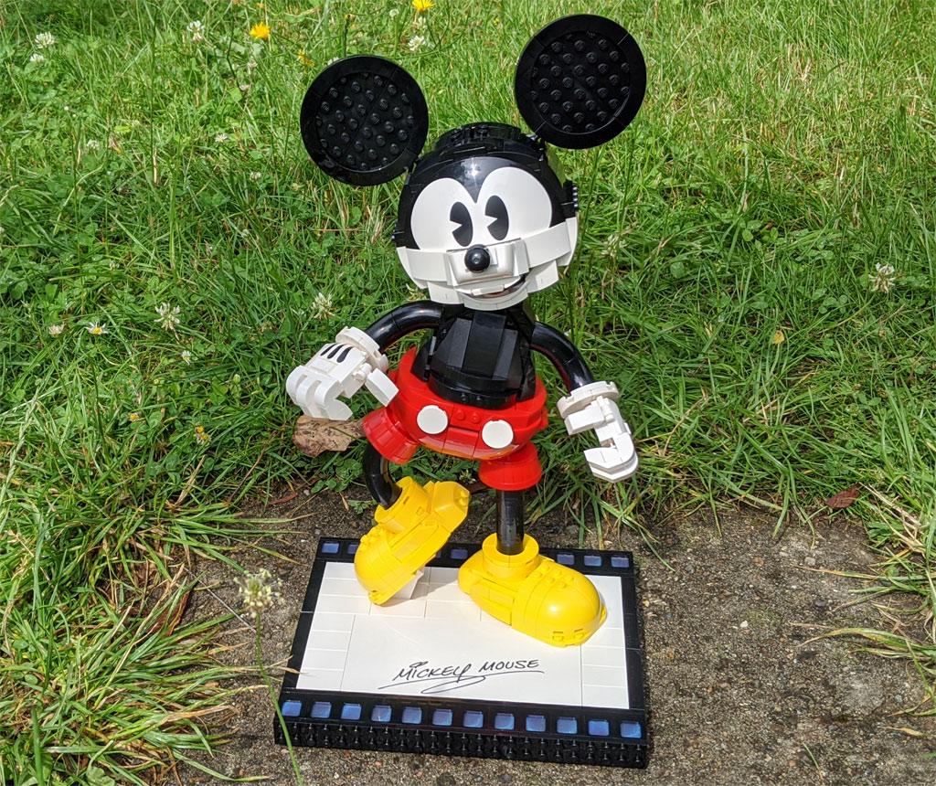 lego-43179-disney-mickey-mouse-minnie-mouse-2020-zusammengebaut-andres-lehmann zusammengebaut.com