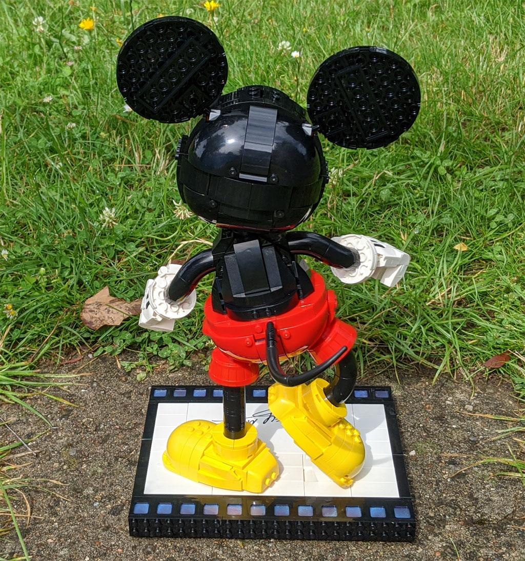 lego-43179-disney-mickey-mouse-minnie-mouse-rueckseite-2020-zusammengebaut-andres-lehmann zusammengebaut.com