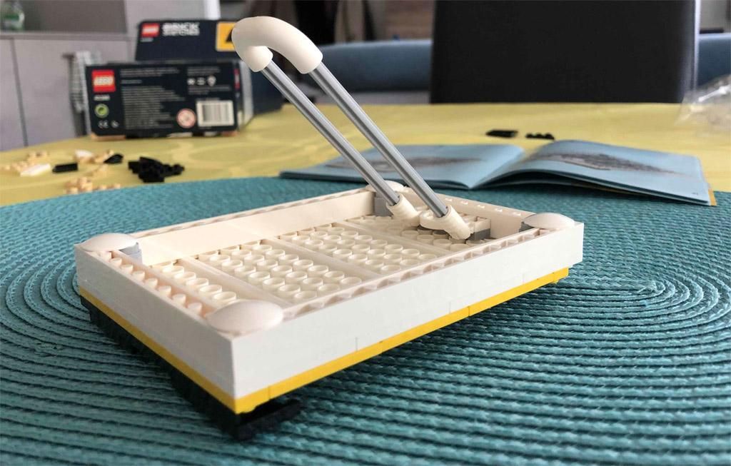 lego-brick-sketches-40386-batman-staender-2020-zusammengebaut-michael-kopp zusammengebaut.com
