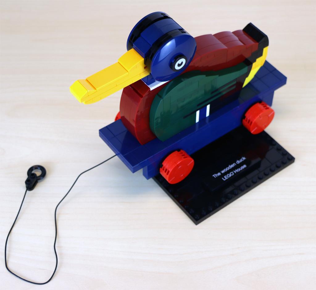 lego-house-40501-holzente-the-wooden-duck-2020-9-zusammengebaut-andres-lehmann zusammengebaut.com