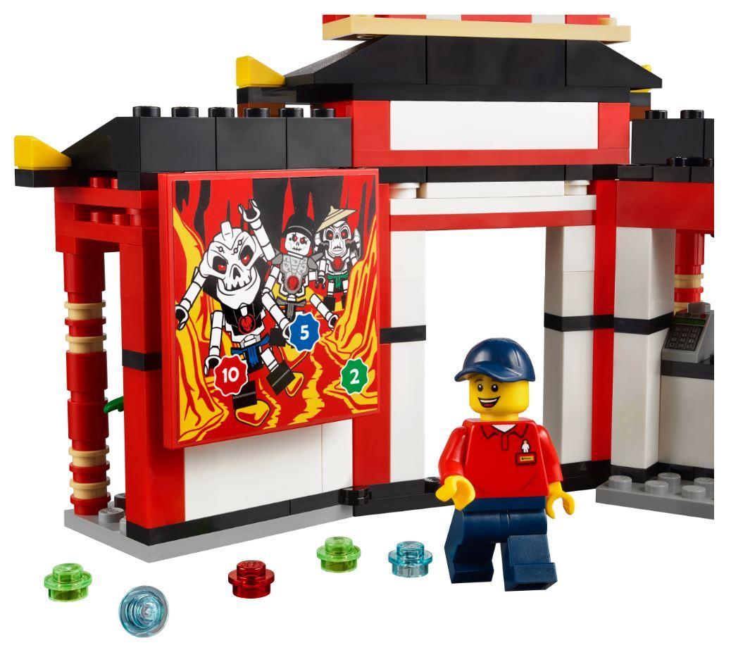 lego-legoland-40429-ninjago-world-2020-5 zusammengebaut.com