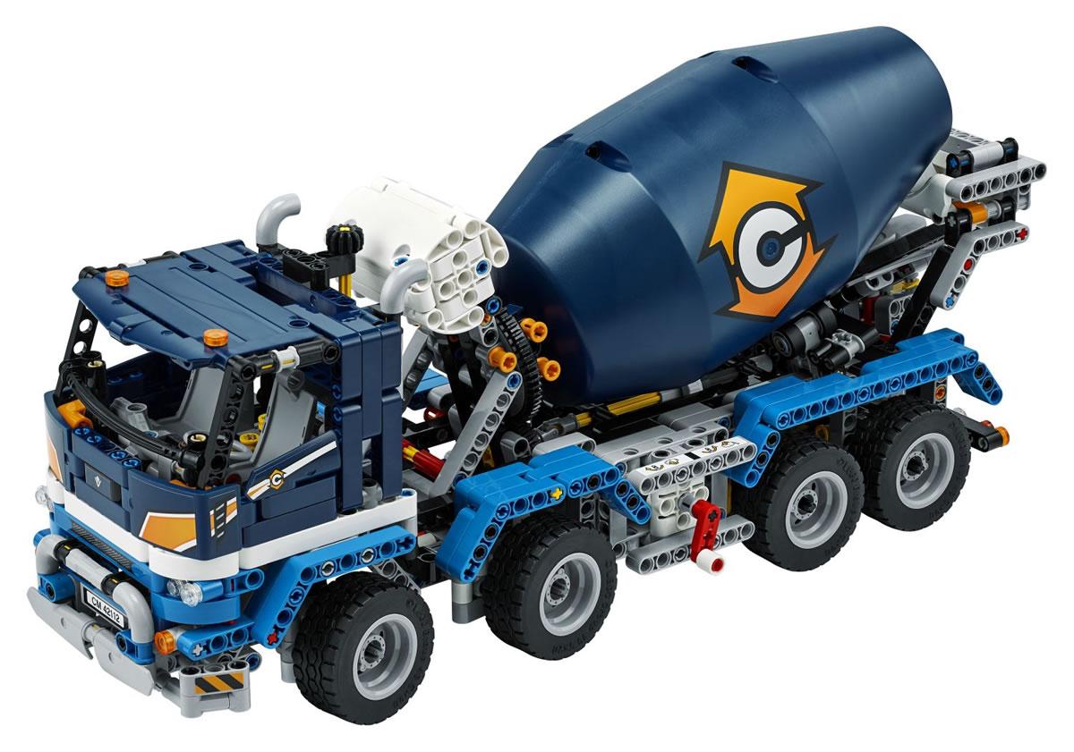 lego-technic-42112-betonmischer-lkw-2020-inhalt-3 zusammengebaut.com