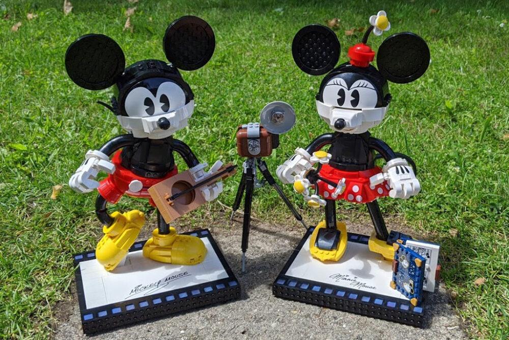lego-43179-disney-mickey-mouse-minnie-mouse-2020-fertig-sonne-zusammengebaut-andres-lehmann zusammengebaut.com