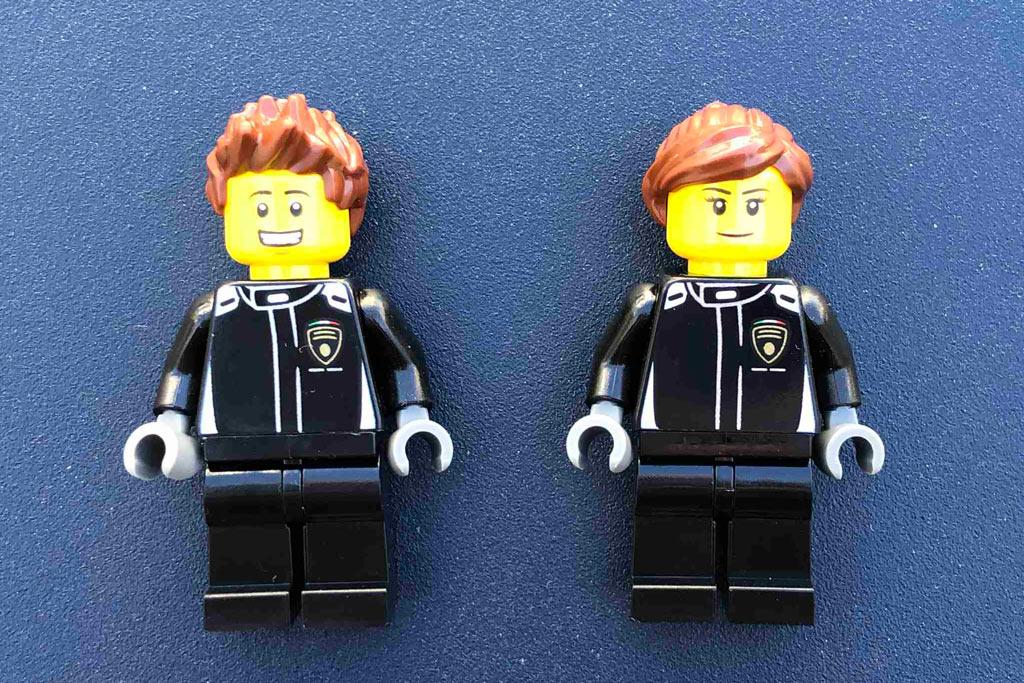 lego-speed-champions-76899-lamborghini-urus-st-x--lamborghini-huracán-super-trofeo-evo-minifiguren-front-2020-zusammengebaut-michael-kopp zusammengebaut.com