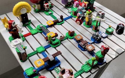 lego-super-mario-71360-abenteuer-mit-mario-2020-6-zusammengebaut-grizzlybeere zusammengebau.com