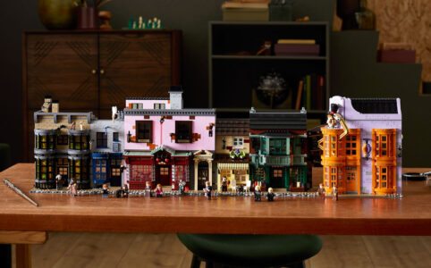 lego-harry-potter-75978-winkelgasse-2020-haeuser zusammengebaut.com