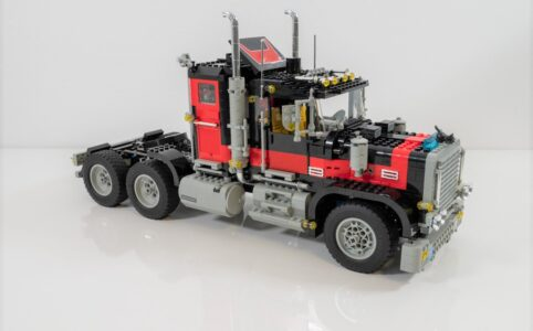 LEGO 5571 Model Team Giant Truck