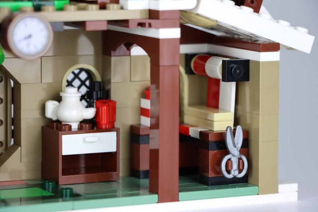 LEGO 18+ 10275 Elfen-Klubhaus Geschenkpapier