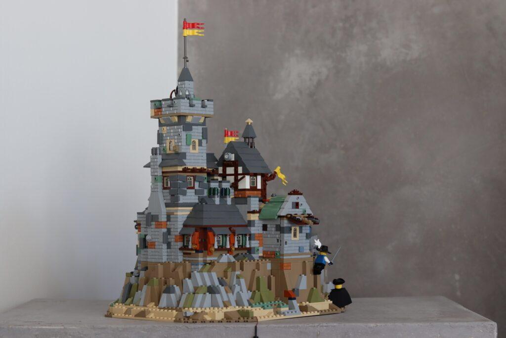 Rückansicht der LEGO Burg von DERBOOR