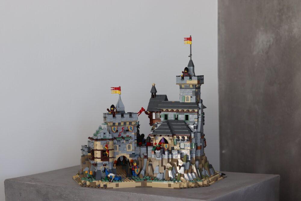 LEGO Burg mit vielen Details