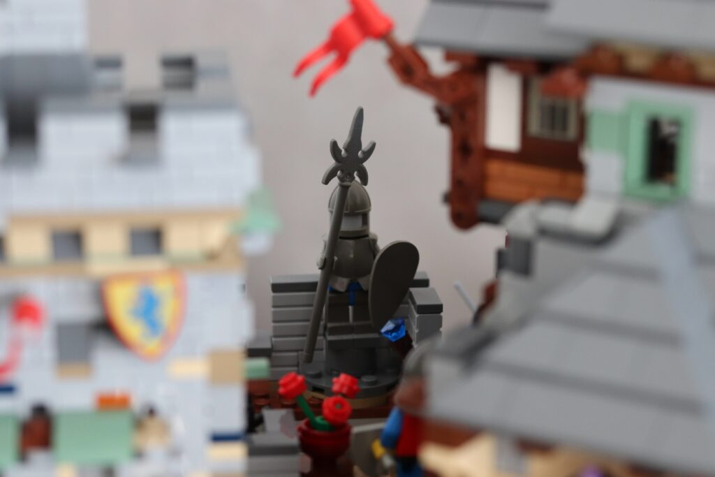 Statue auf dem Burggelände